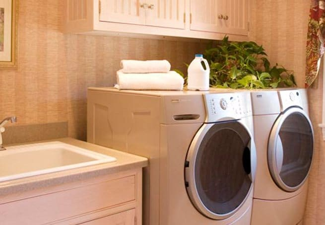 delta-closets-laundry-systems-5