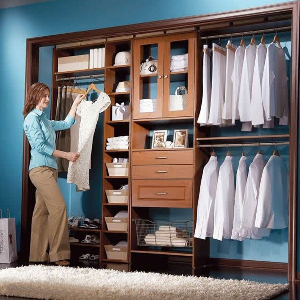 home-reach-in-closet-slider-1