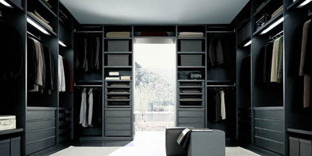 home-walk-in-closet-slider-10
